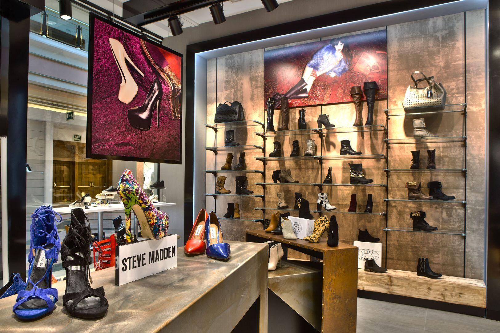 reinado Mus Fértil  Steve Madden Brand abre su segunda tienda en España, localizada en Madrid    FLASH MODA IN&OUT