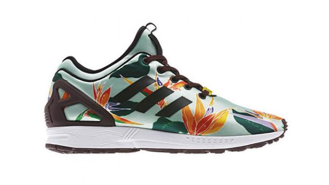 b4e1f205bbcc6 650 1000 adidas-lanza-las-zapatillas-de-neopreno-zx-flux-