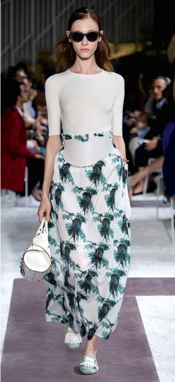 TOD'S LOOK