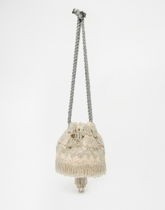 CLUTCH ASOS BRIDAL 46,99€