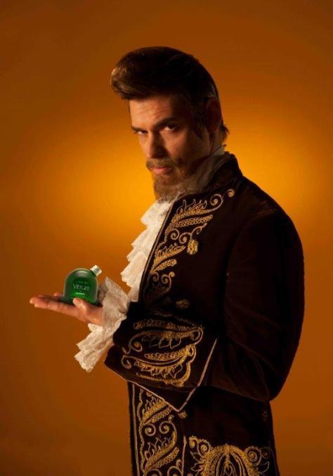 El cantante Carlos Baute muestra su perfil más afilado en el spot del perfume masculino con más carácter.