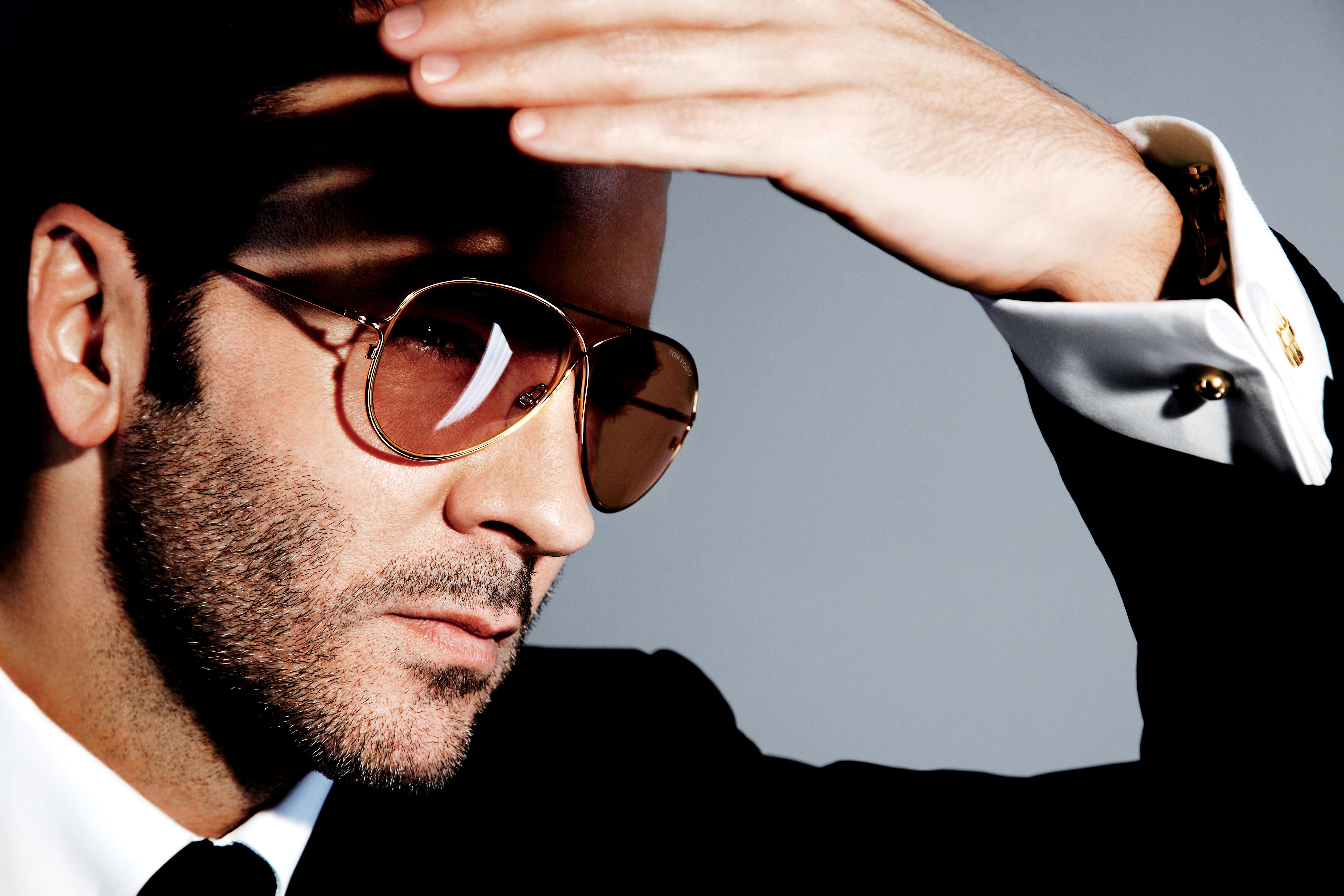 c1536bbce4 Tom Ford lanza la nueva TOM FORD Private Eyewear Collection, una edición  especial de gafas de sol y de vista diseñadas para los expertos en gafas.