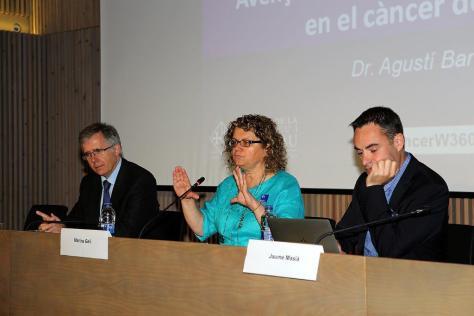 de izquierda a derecha): Dr. Agustí Barnadas (Director del Servicio de Oncología de Sant Pau), Dra. Marina Geli (Coordinadora Comité Científico W360º Congress), Dr. Jaume Masià (Director del Servicio de Plástica de Sant Pau)