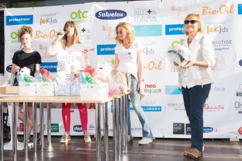 Izd.dcha. Paula Velez, Lidia Codinachs, Celia Rovira, Consuelo Sánchez