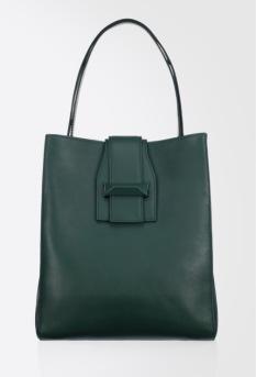 Bag piel verde 615€