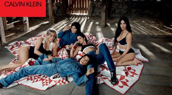 Kim Kardashian West, Khloé Kardashian, Kourtney Kardashian,  Kendall Jenner y Kylie Jenner –  Our Family. #MYCALVINS