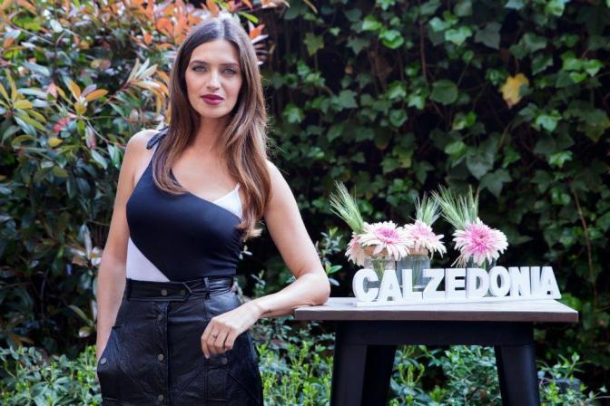 """SARA CARBONERO, NUEVA IMAGEN DE LA CAMPAÑA DE BAÑO DE """"CALZEDONIA"""""""