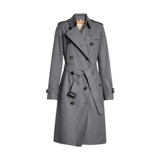 Burberry Heritage Womens Trench Coat